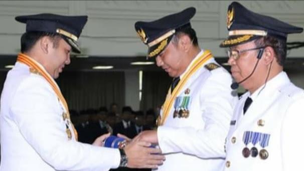 Bupati dan Wakil Bupati Lampung Utara Resmi di Kukuhkan