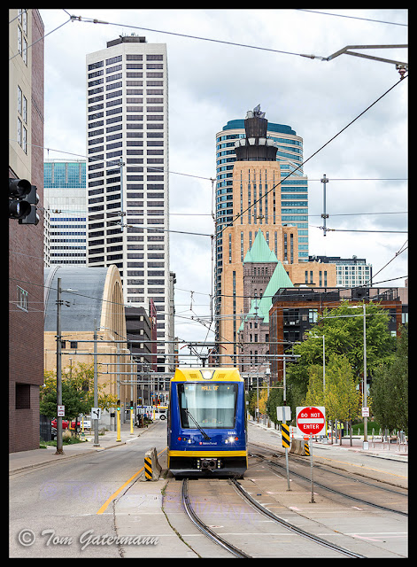 Blue Line Train - 5th Street and Park Avenue - Minneapolis