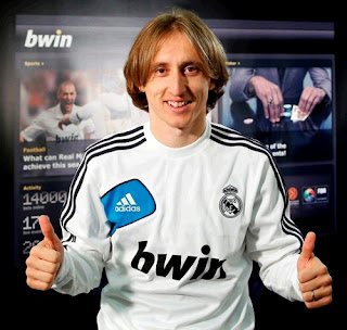 Modric with the Real Madrid jersey on an Interview with Bwin