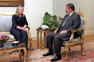 Mohamed Morsi et Hillary Clinton