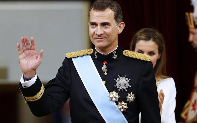 """Rei da Espanha acusa Catalunha de """"deslealdade inadmissível"""""""