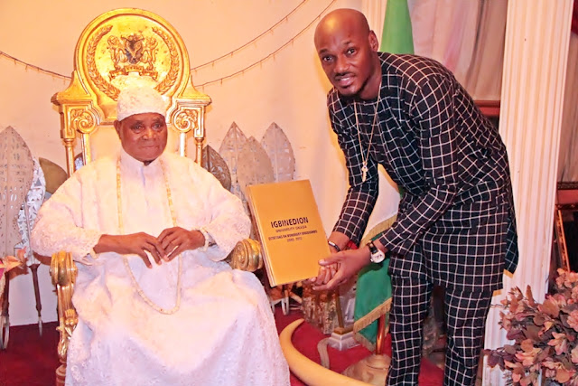 2face visits the  Esama of Benin Sir Chief Dr G.O Igbinedion.