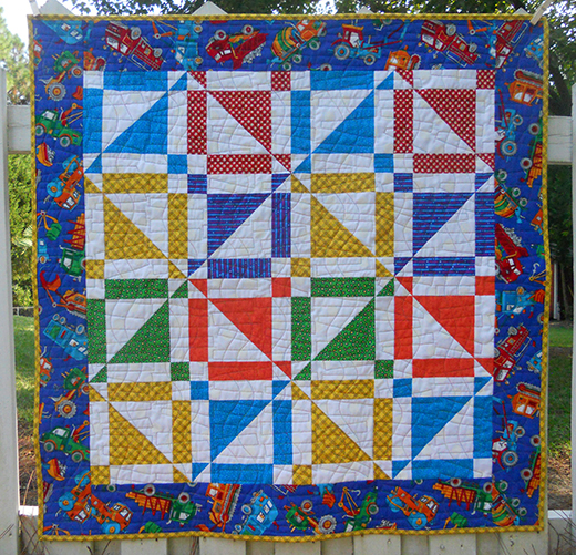 Disappearing Half Square Triangle Quilt Free Pattern