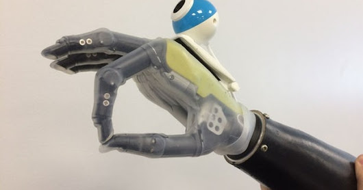 Bionic hand uses built-in camera to home in on objects