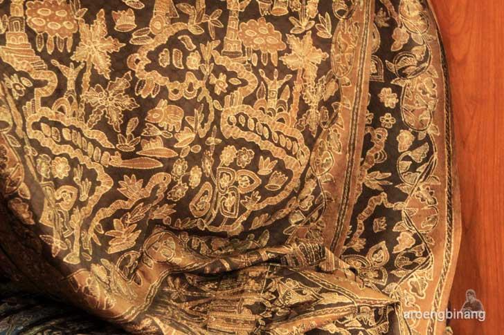 batik tanah liek citra monalisa padang