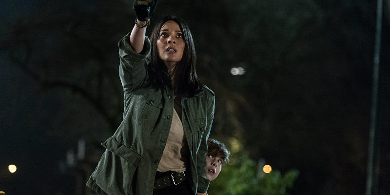 the predator olivia munn