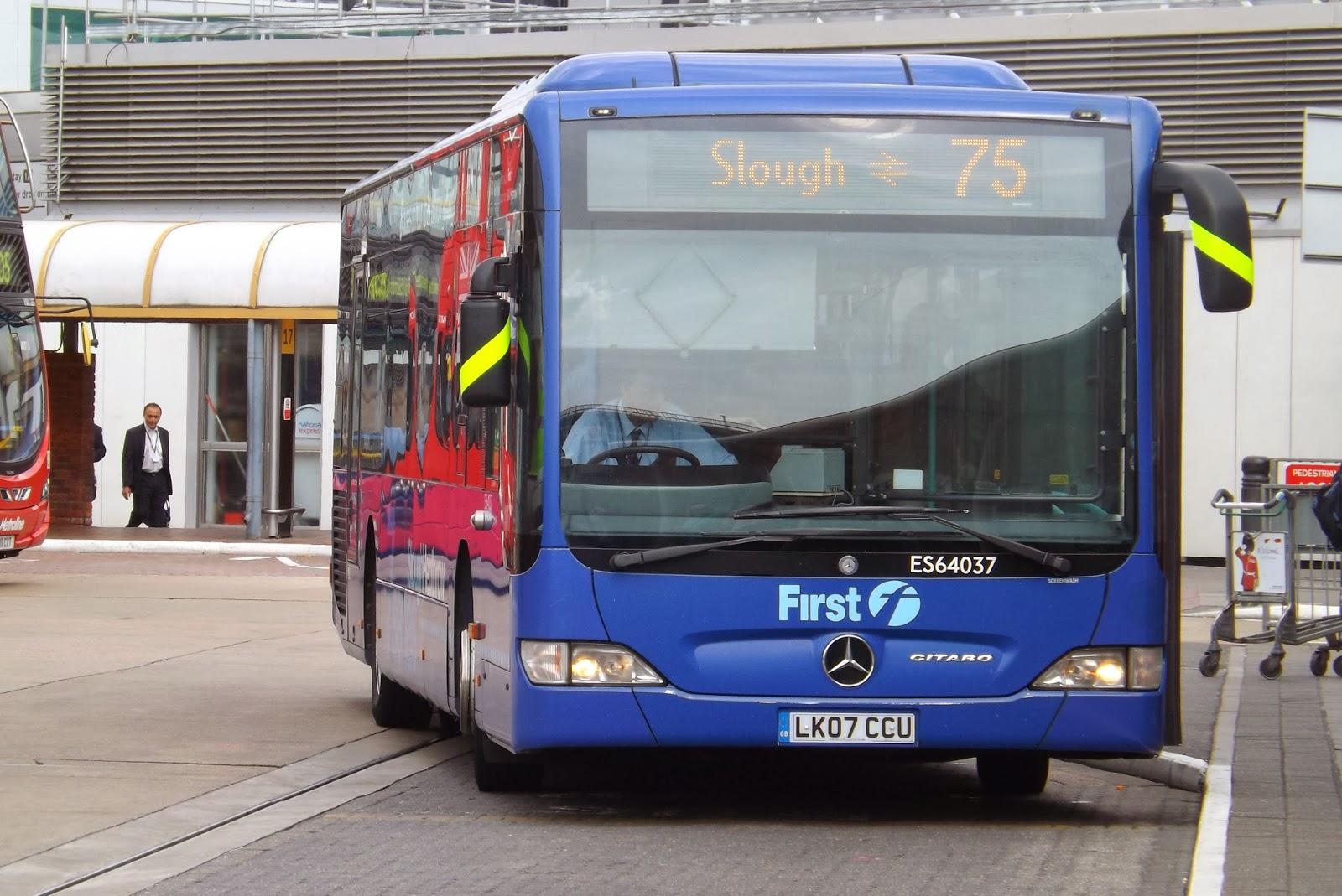 London Bus Scene Heathrow 7series