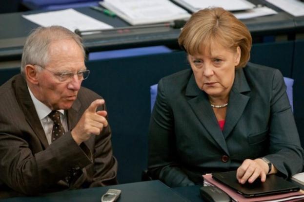 Τι αλλάζουν Μέρκελ-Σόιμπλε στον ESM: Οι «συνέπειες» για Ελλάδα