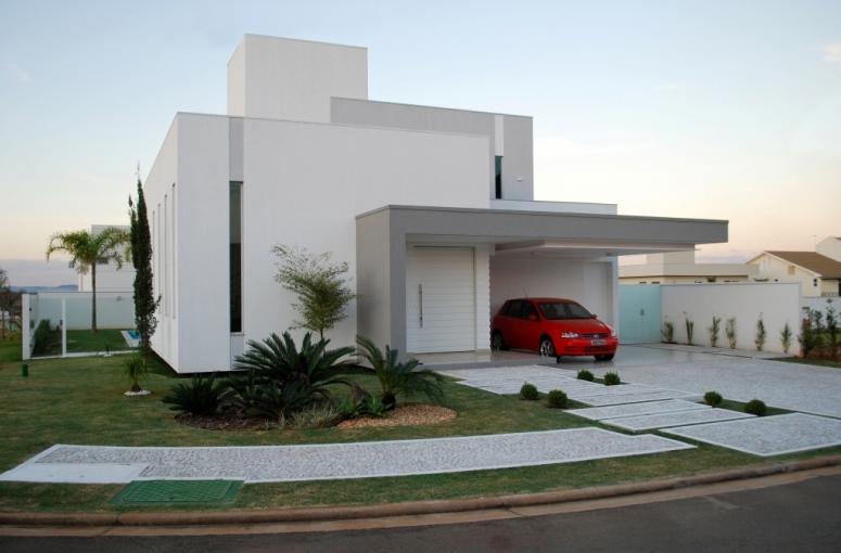 Construindo minha casa clean jardins externos fachadas for Cores modernas para fachadas de casas 2016