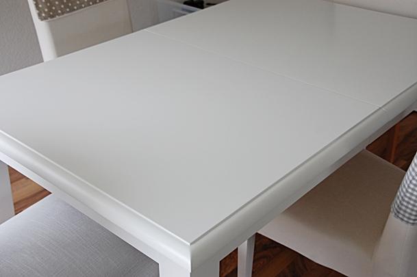 house no 43 wei er tisch white table. Black Bedroom Furniture Sets. Home Design Ideas