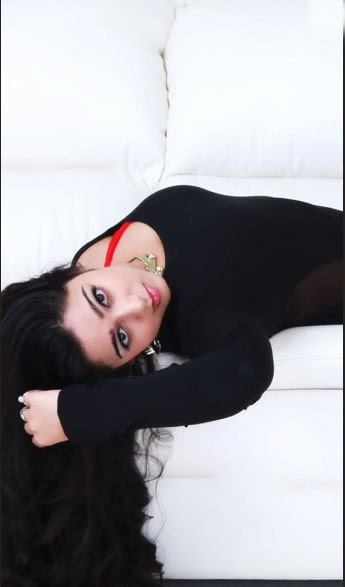 hot photo,hd photo,wallpaper,telugu actress,charmi kaur,pics
