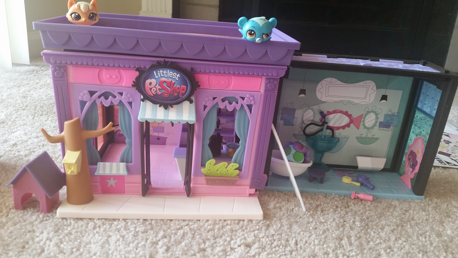 Littlest Pet Shop Pawsabilities Collection Sets Review #LPS via www.Productreviewmom.com