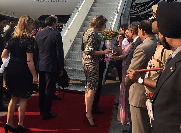 Queen Mathilde wore Anita Dongre dress at Scala & Kolacny Brothers at Tata Theatre. Mattijs van Bergen