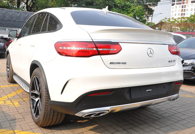Đuôi xe Mercedes AMG GLE 43 4MATIC Coupe thiết kế thể thao