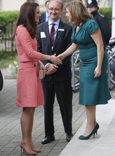 The Duchess wore Eponine London bespoke skirt suit, carried her L.K. Bennett Nina Clutch and chose her Gianvito Rossi '105' pumps in praline.