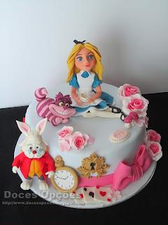 bolo Alice no País das Maravilhas bragança