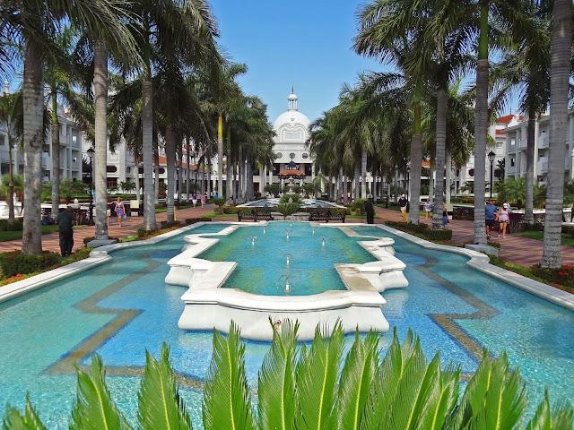 Hotel Riu Yucatan Playa Del Carmen Mexico