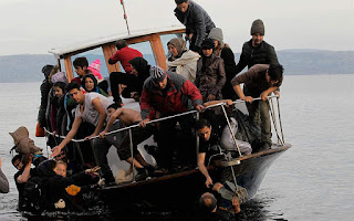 Η κυβέρνηση προβληματίζεται, τώρα, για τις προσφυγικές ροές