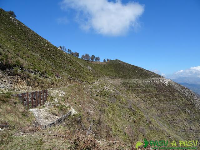 Pista en el Monte Cogolla y refuerzo