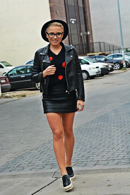 black_leather_skirt_biker_jacket_karyn4