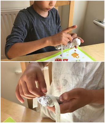 Making mummies craft with children
