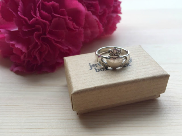 jewellerybox.co.uk claddagh ring