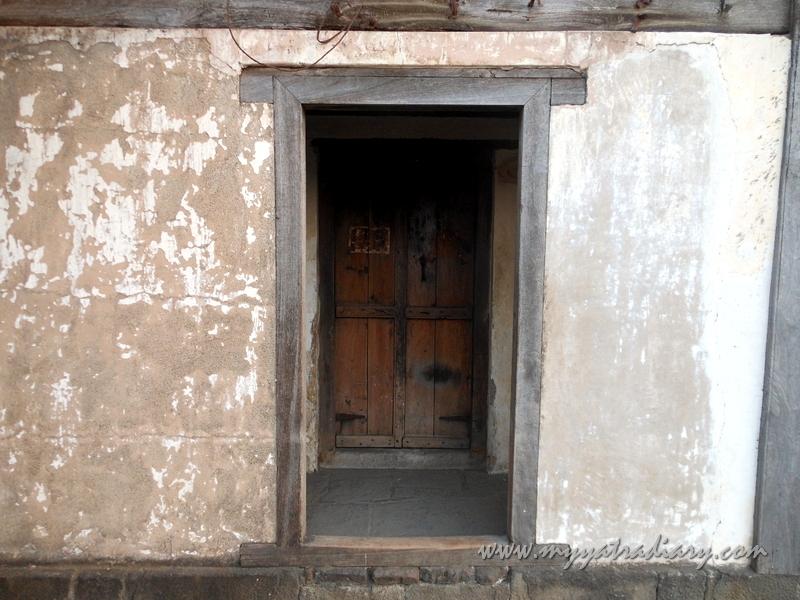 A hidden door at Shaniwar wada fort, Pune