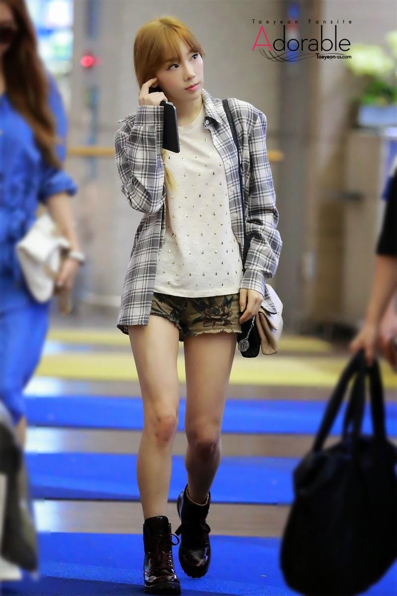 SNSD Taeyeon Airport Fashion