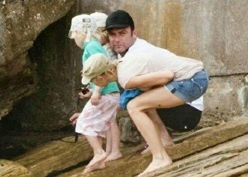 أغرب صورة عائلية تم إلطقاتها بالصدفة