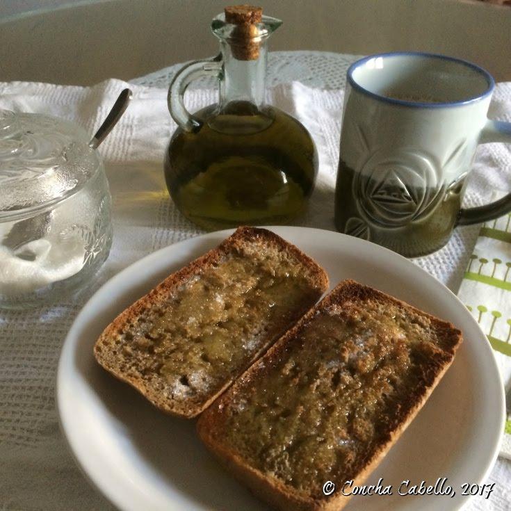 desayuno-café-pan-aceite