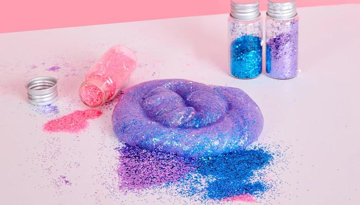 Little Passports: How to Make DIY Rainbow Unicorn Slime