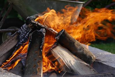 jak rozpalić ognisko to częste pytanie