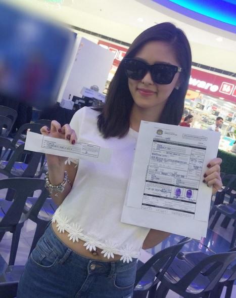Kim Chiu at COMELEC Marikina