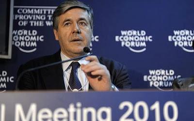Η Ελλάδα στο έλεος του πιο επικίνδυνου τραπεζίτη στον κόσμο