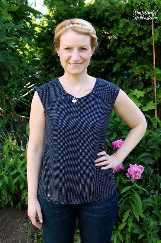 Belle von Finas Ideen Shirt aus Webware