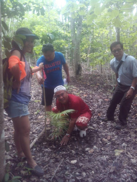 Tree planting at Salagdoong Maria Siquijor