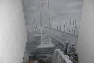 Aranżacja przedpokoju, malowanie na ścianie mostu w perspektywie, Warszawa