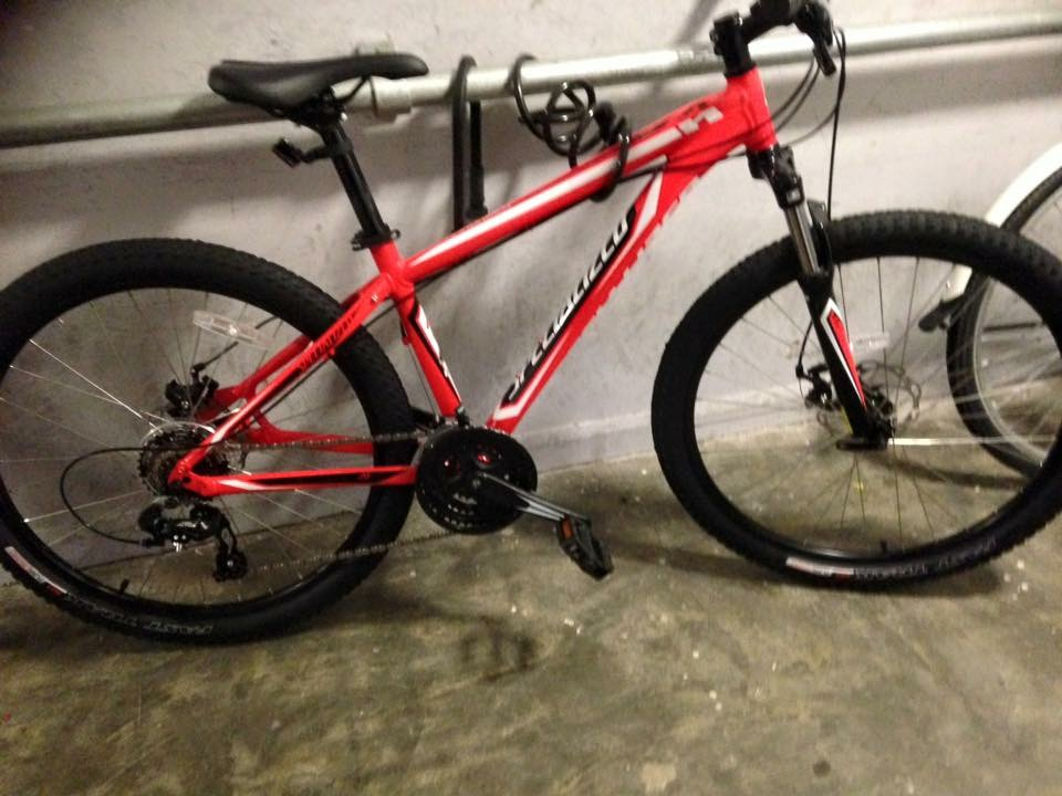 43da9896bdc Specialized Hardrock Disc 29er 2014 Mountain Bike Colour: Red Year: 2014.  Size: Small Type: Mountain bike. Light and mudguard fitted when stolen