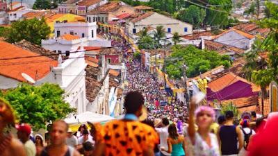 Carnaval de Olinda terá espaço LGBT e Gospel, graças a prefeito evangélico