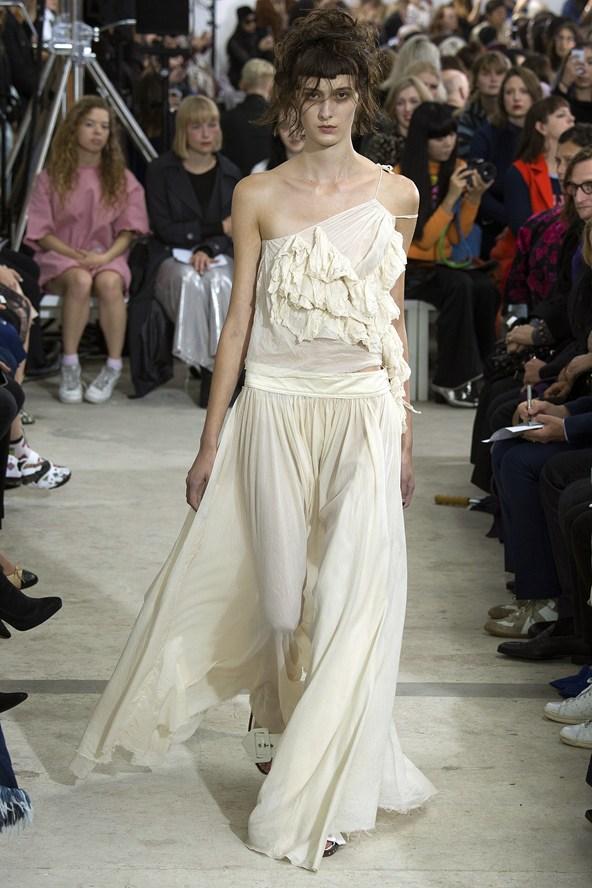 to wear - Spring marquesalmeida runway video