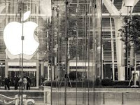 Apple Jadi Perusahaan Paling Bernilai Kalahkan Google