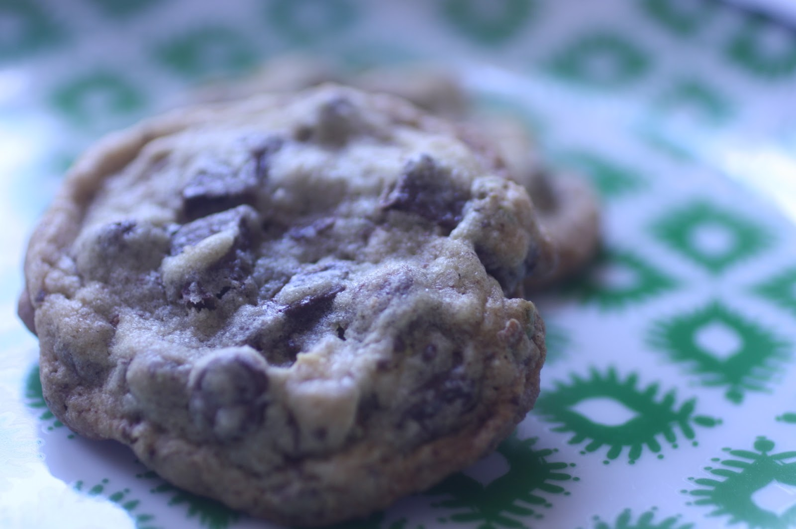 A Dusting of Sugar: Pistachio Chocolate Chip Cookies with ...