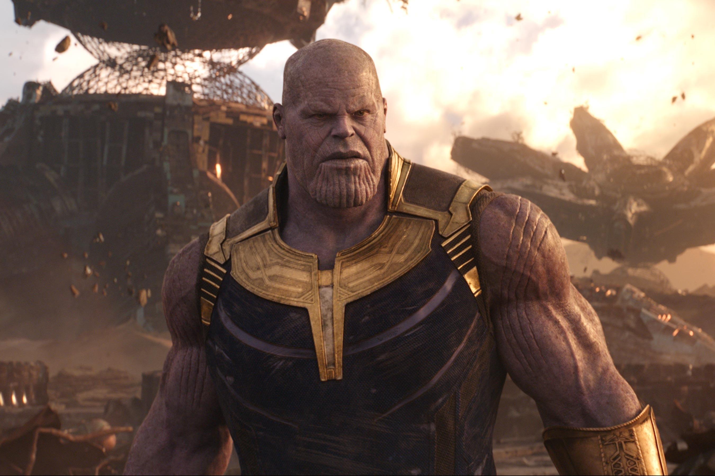 Thanos Flushes Ant-Man  : 「アベンジャーズ : エンドゲーム」のサノスは、お尻の穴から侵入したアントマンが体内で巨大化して、ジャイアントマンになる勢いによって、内側から破裂して死ぬんだよ ! ! というネタバレが、SNS で流行してることについて、当のサノスのジョシュ・ブローリンが間違いを訂正してくれた ! !