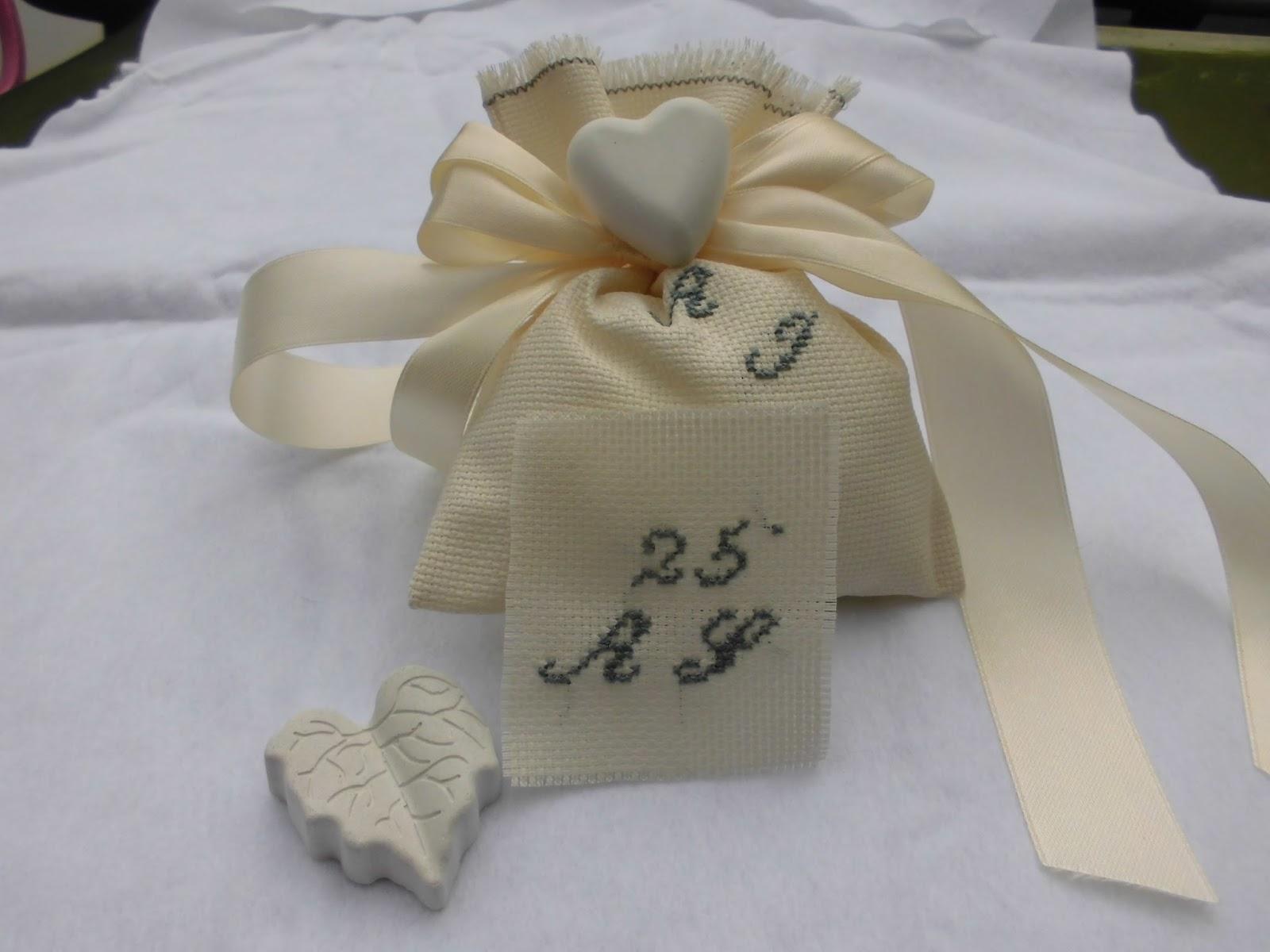 Eccezionale bomboniere ricamate di sara: bomboniera 25 anni di matrimonio DX48