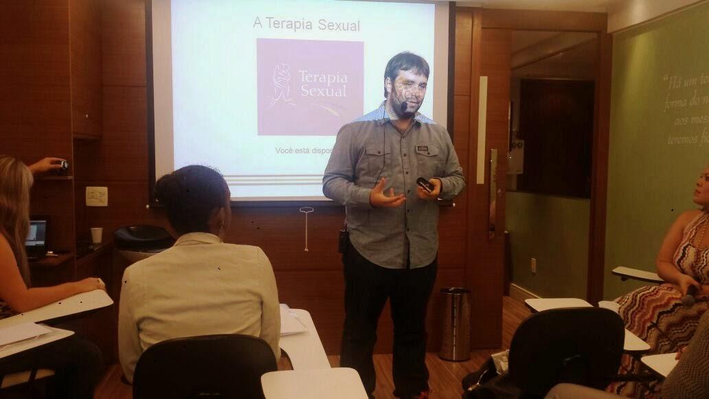 Esequias Caetano ministra curso sobre Disfunções Sexuais na Atitude Cursos de Brasília 3