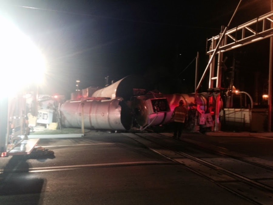 kern county oildale train semi truck crash manor street norris road