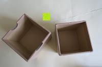 Box innen: Holz Armbanduhr 360° Nut