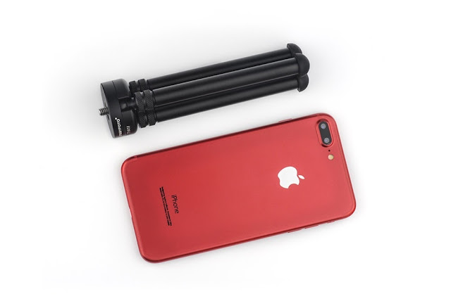 Sunwayfoto T1A11 Aluminium Tabletop Tripod compared to iPhone