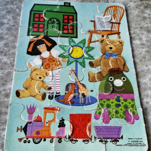 Play school jigsaw