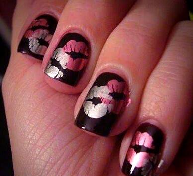 Kiss Day Nail Art